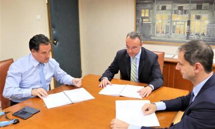 Υπογραφή της σύμβασης παραχώρησης για τη μαρίνα Αλίμου