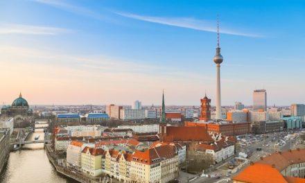 Αυξάνει τα μέτρα για τον Covid η Γερμανία