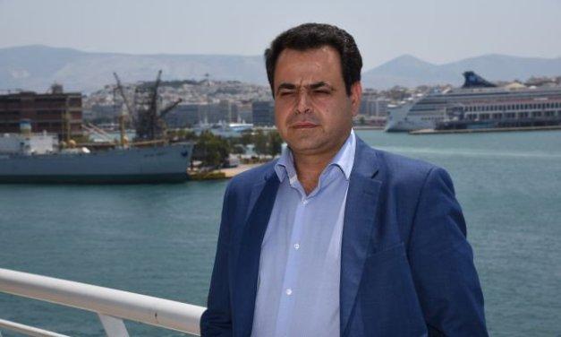«Ν. Σαντορινιός για σύγκρουση πλοίων στο λιμάνι του Πειραιά: Αναμένουμε την άμεση διευκρίνιση των αιτιών της σύγκρουσης»