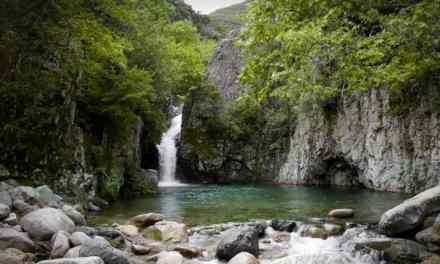 Σε ποιους προορισμούς οι Έλληνες τουρίστες έσωσαν την παρτίδα του Αυγούστου