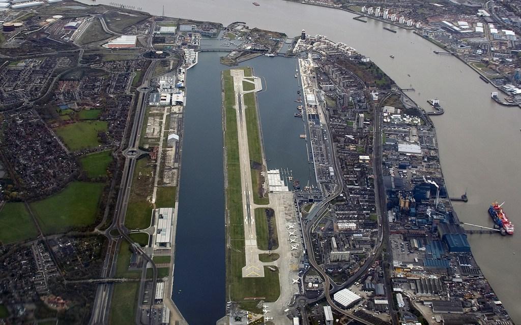 Μείωση στις θέσεις εργασίας το αεροδρόμιο του Λονδίνου