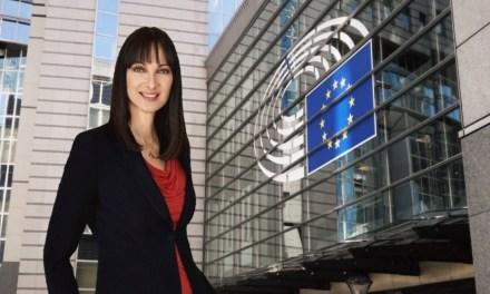 Κουντουρά προς Επίτροπο Βαλεάν: «Να μη διακινδυνεύσουμε το ασφαλές δημόσιο σύστημα ανοίγοντας την αγορά υπηρεσιών διαχείρισης της εναερίας κυκλοφορίας»