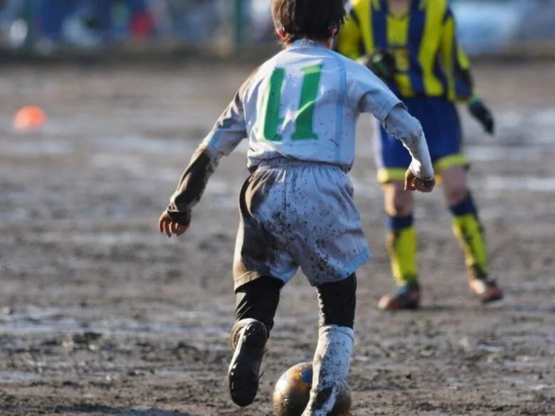 雨とサッカー