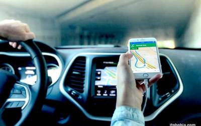 Major Three Tracking Systems Comparison: GPS, Bluetooth and WiFi
