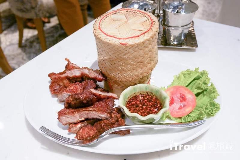 《曼谷餐廳推薦》曼谷金雞泰國菜館 Lukkaithong Royal Cooking,同場加映泰奶口味香蕉煎餅