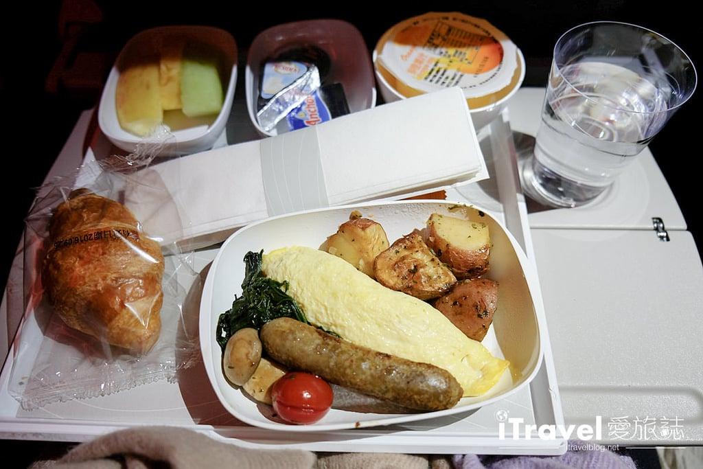 《航空搭乘體驗》阿聯酋航空 Emirates.台北 - 杜拜 - 德國法蘭克福航線,同場加映機場退稅小叮嚀。