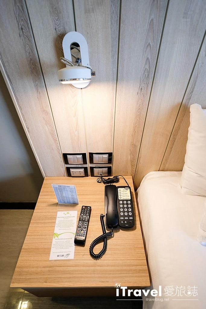 《芭達雅飯店推薦》芭堤雅緹克斯第五酒店 Tsix5 Phenomenal Hotel:運動設施齊全的臨海景觀舒適大空間,2015年全新開業