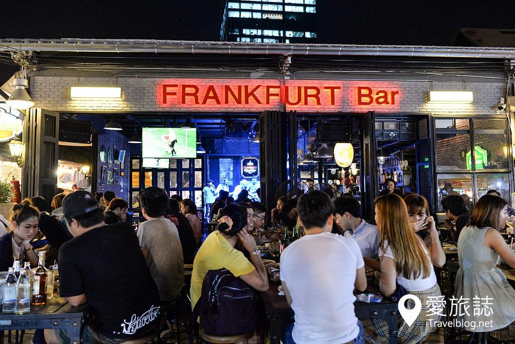 《曼谷夜市集景》拉差達火車夜市:捷運出口的每日營業夜市
