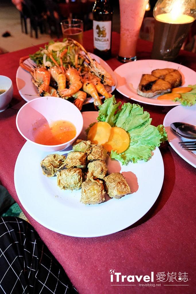 《沙美島美食推薦》Sea Breeze @Samed:沙美海灘餐廳共享燭光晚餐,大啖碳烤海鮮料理