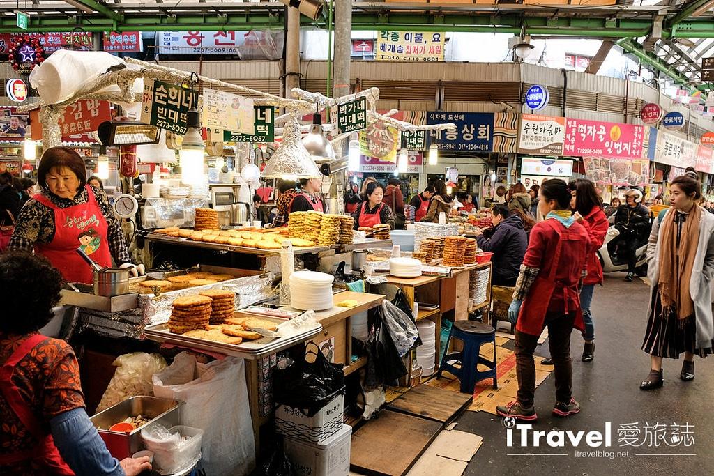 《首爾景點推薦》廣藏市場:南韓歷史最悠久傳統市場
