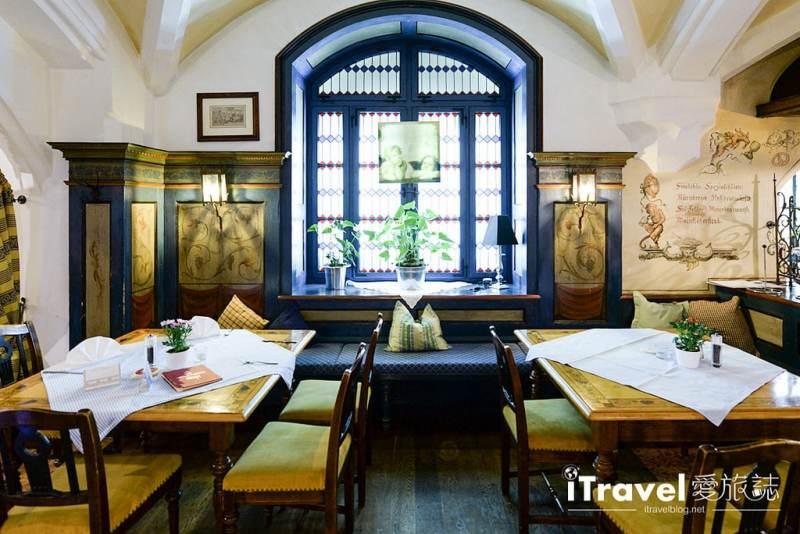 《慕尼黑美食推薦》Ratskeller百年經典餐廳的南德料理風情