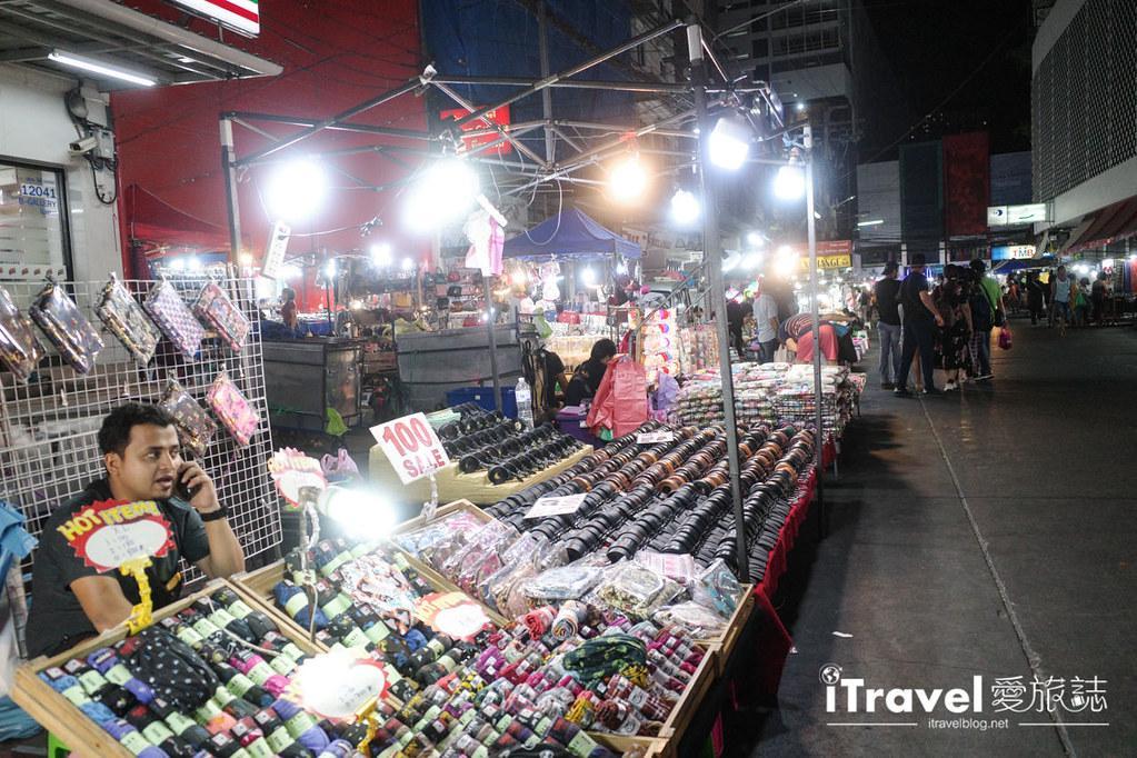曼谷水門市場夜市 PratuNam Market (15)