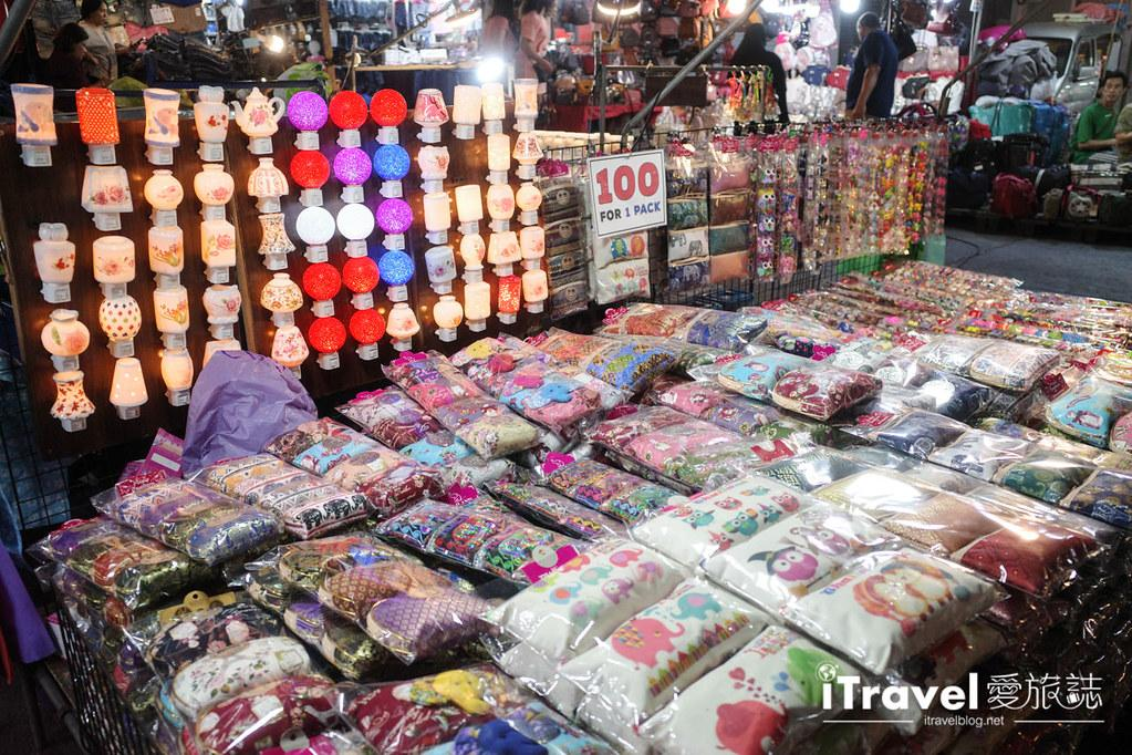 曼谷水門市場夜市 PratuNam Market (16)