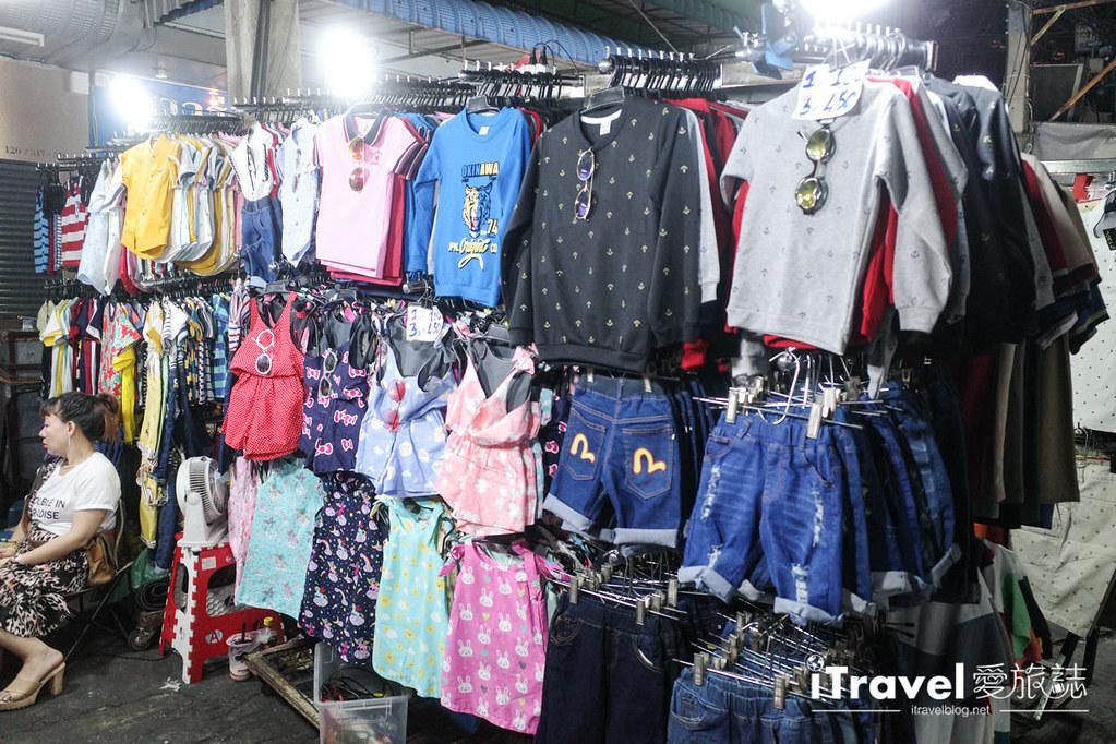 曼谷水門市場夜市 PratuNam Market (44)
