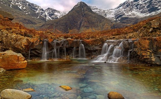 Fairy pools: Επίσκεψη στη φωλιά των νεράιδων στη Σκωτία - iTravelling
