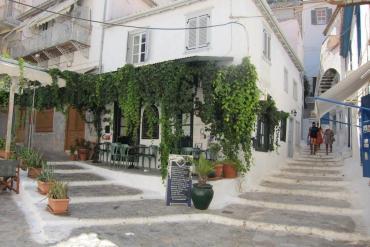 Αυτό είναι το ελληνικό St. Tropez για την Telegraph - iTravelling