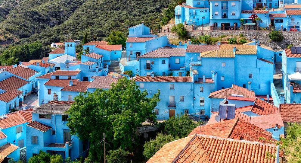 Juzcar: Ταξίδι στο στρουμφοχωριό στην Ανδαλουσία