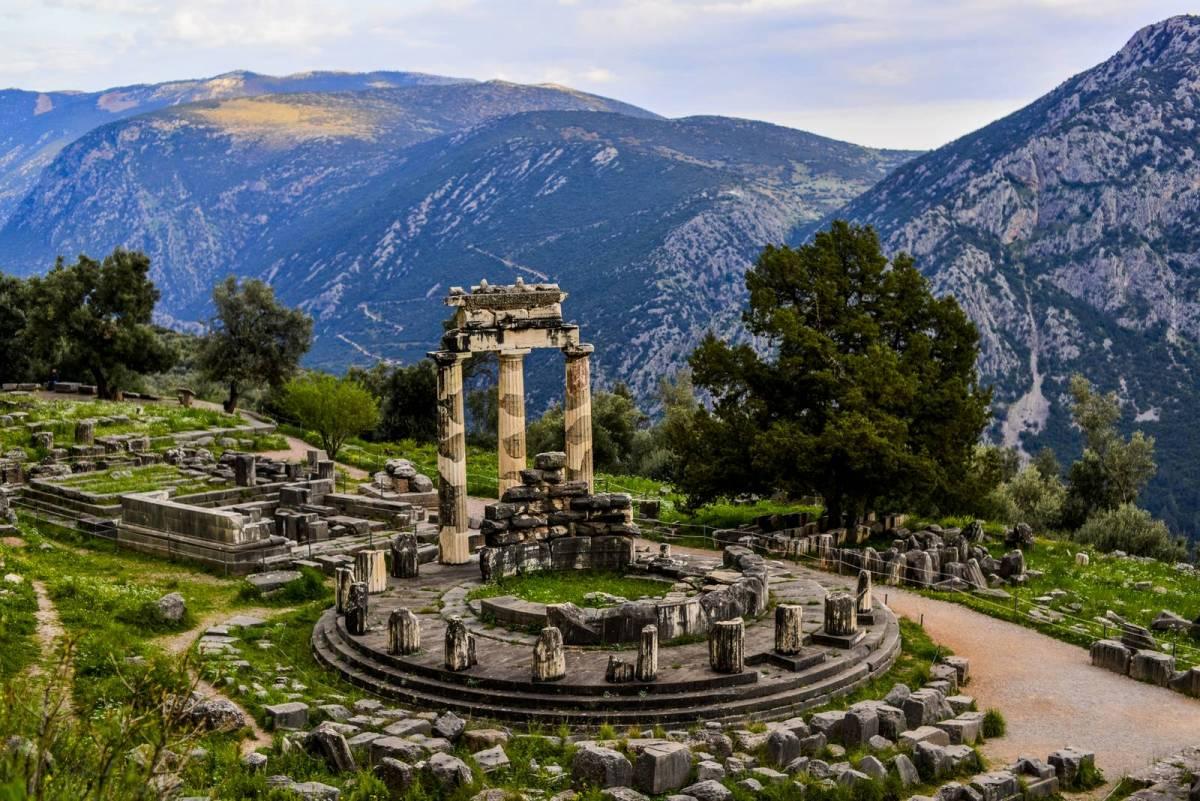 Αυτά είναι τα 10 αξιοθέατα που πρέπει να επισκεφτείς στην Ελλάδα