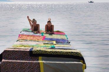Sun of a beach: Οι πετσέτες θαλάσσης που σε ταξιδεύουν στον κόσμο - iTravelling