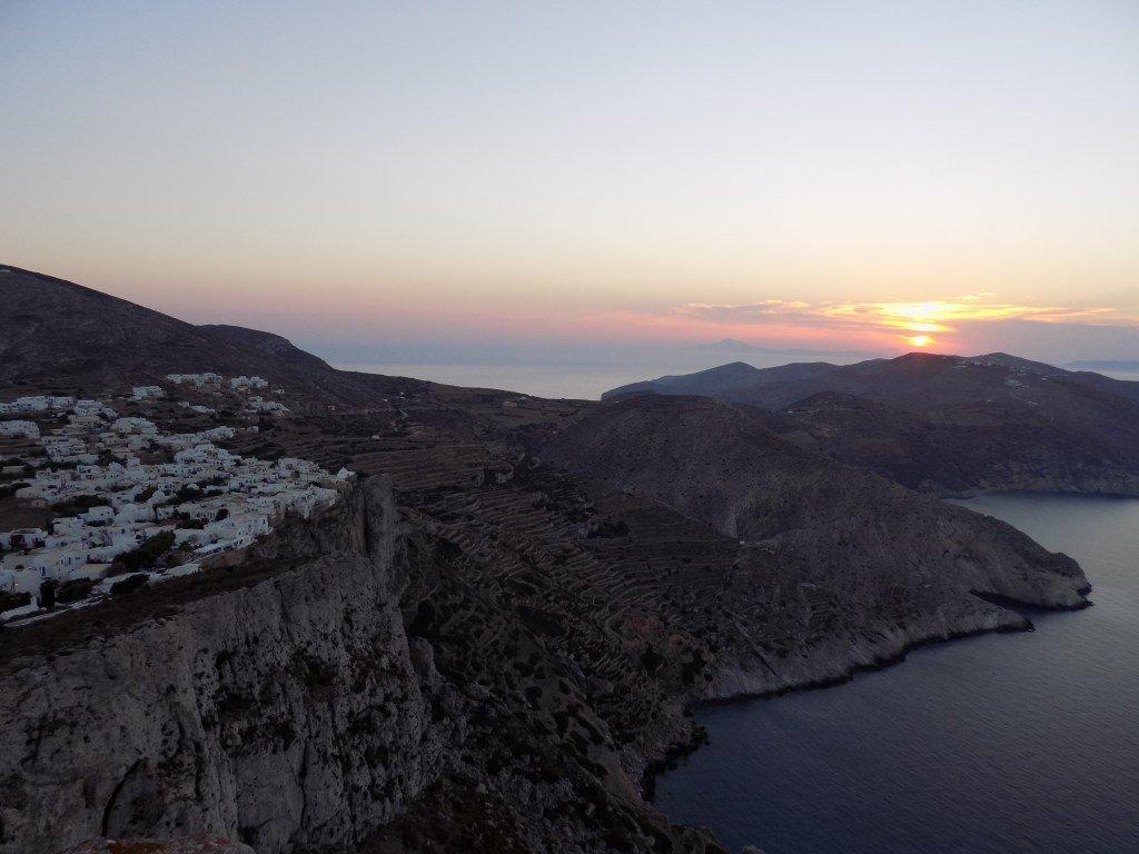 10 λόγοι για να πας διακοπές στη Φολέγανδρο