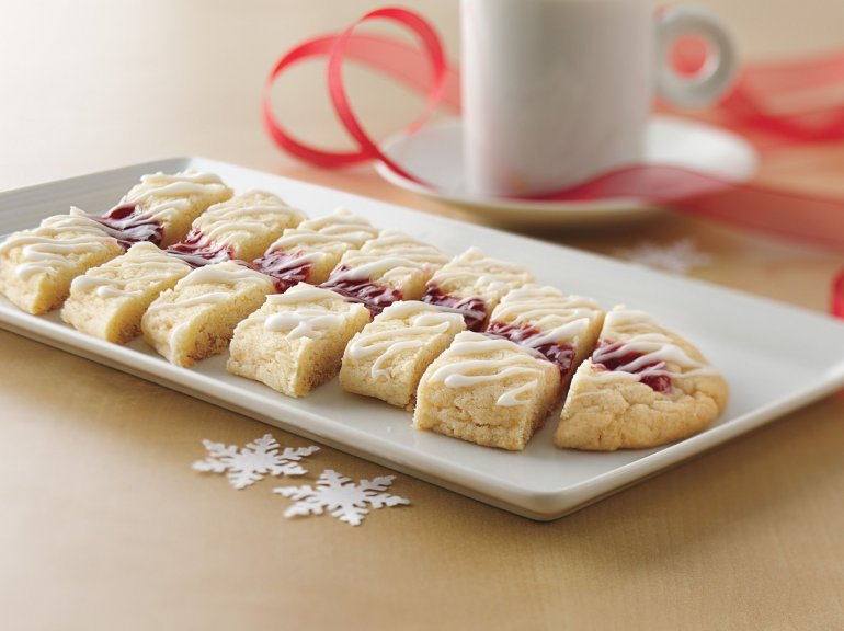 Μάθε πως θα φτιάξεις τα αγαπημένα μπισκότα του Άγιου Βασίλη - itravelling.gr