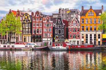 Ζήσε τη μαγεία της πλωτής διαμονής στο Άμστερνταμ - itravelling.gr