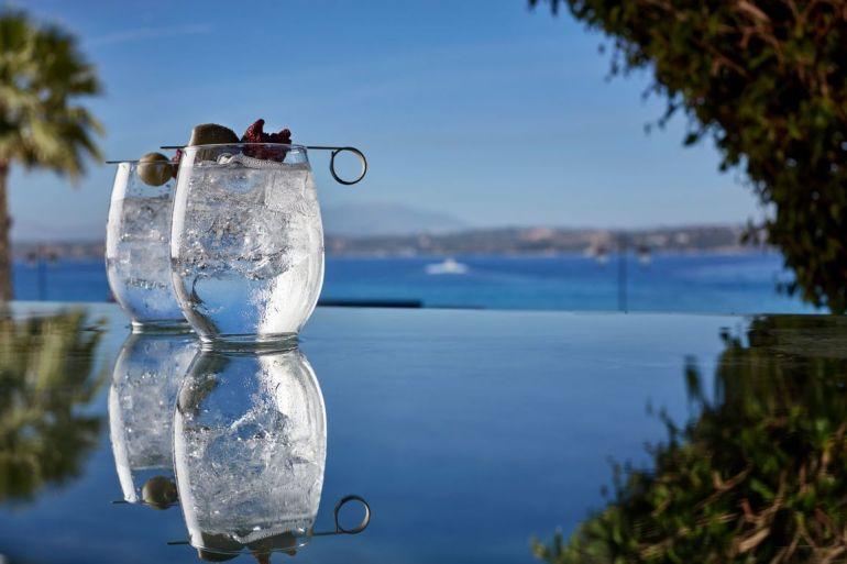 Το Baba Au Rum ταξιδεύει στις Σπέτσες - itravelling.gr