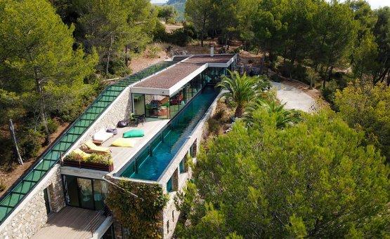 Villa on the Rocks: Η βίλα της Airbnb που θα σου πάρει το μυαλό στη Μασσαλία - itravelling.gr