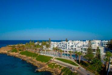 Louis Hotels: Το Nausicaa Beach επιστρέφει δριμύτερο στον Πρωταρά - itravelling.gr