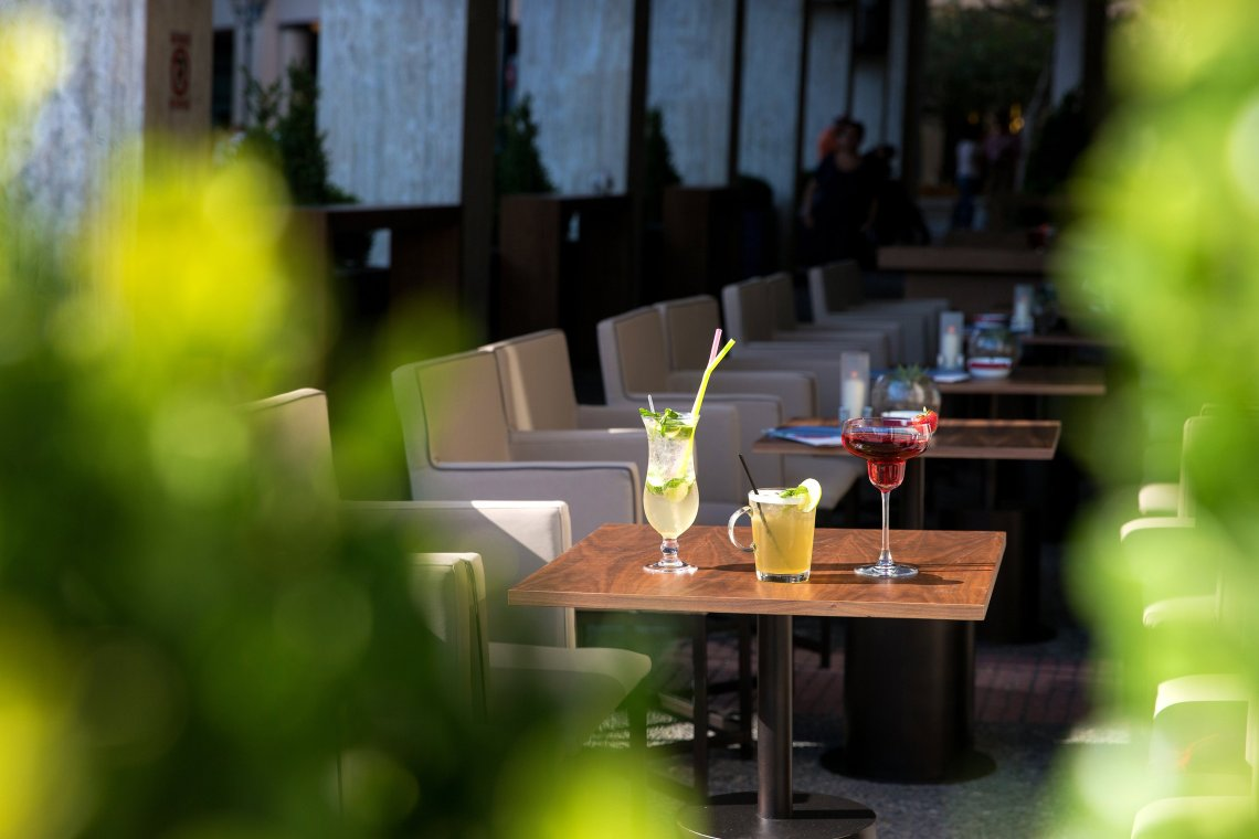 Summer in the city στο Plaza Café - itravelling.gr