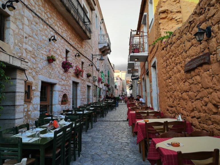 Τι θα φάμε στη Μάνη: 5 διευθύνσεις για καλό φαγητό στη Λακωνική Μάνη - itravelling.gr