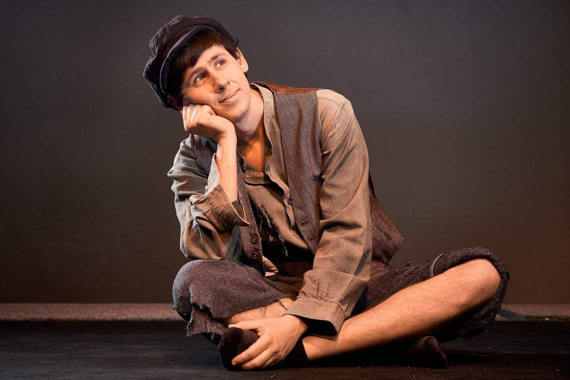 Όλιβερ Τουίστ: Μια θεατρική παράσταση για όλη την οικογένεια στο Θέατρον - itravelling.gr
