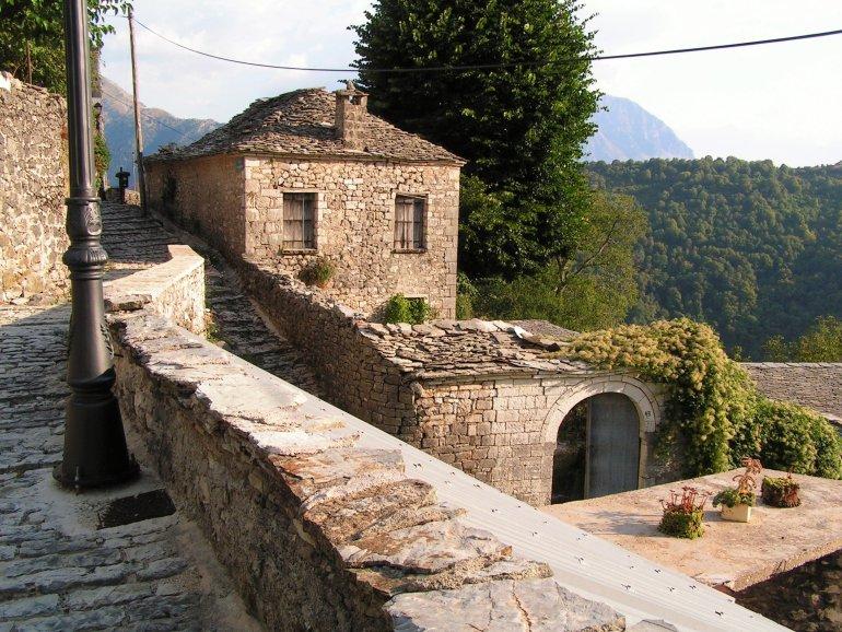 Ταξίδι στο γραφικό χωριό της Πίνδου - itravelling.gr