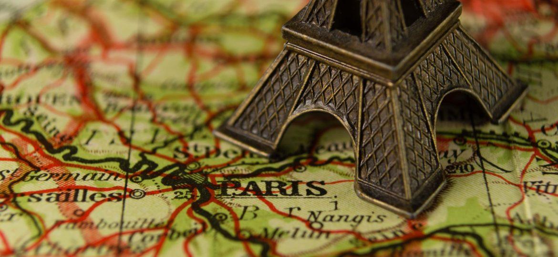 Πες μου σε ποια πόλη θα ταξιδέψεις, να σου πω τι souvenir θα πάρεις