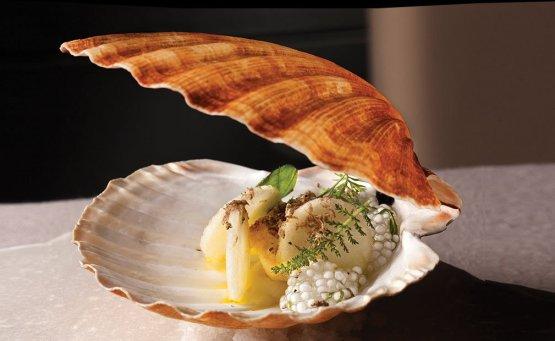Χρυσοί Σκούφοι: Αυτά είναι τα καλύτερα ελληνικά εστιατόρια για το 2020 - itravelling.gr