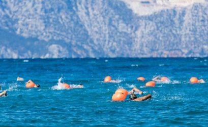 Αυθεντικός Μαραθώνιος Κολύμβησης: Κολύμβηση στα ιστορικά στενά του Αρτεμισίου - itravelling.gr