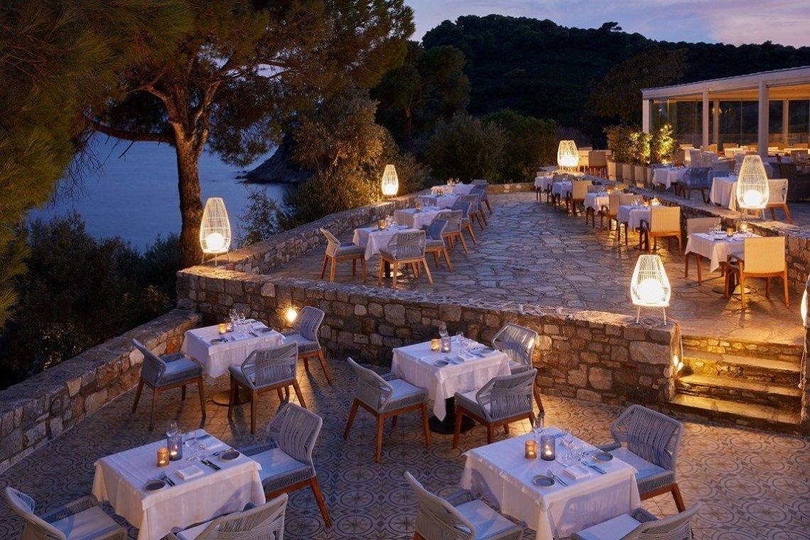 Ιδιωτικότητα και ανατρεπτική φιλοξενία στην Σκιάθο - itravelling.gr