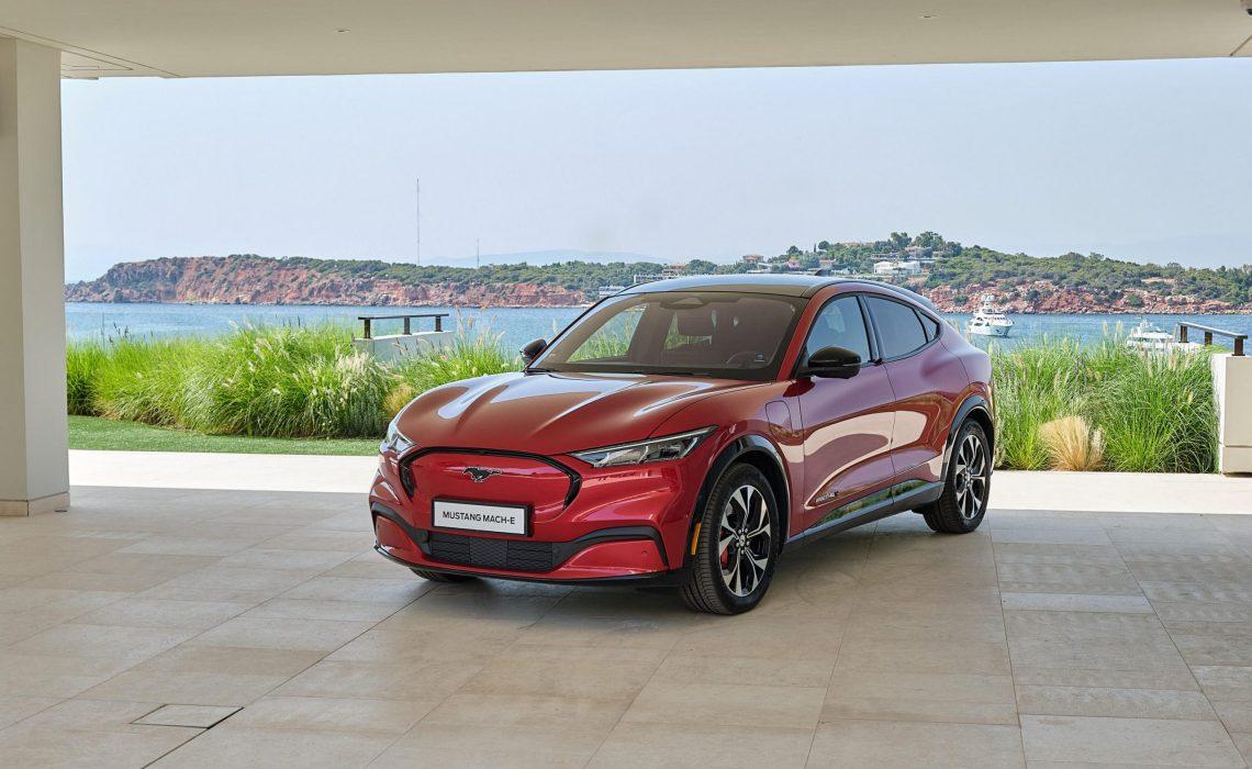 Η Ford Mustang Mach-E ηλεκτρίζει την Ελλάδα