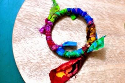I Try DIY | CandyMag.Com: Chunky Fabric Bracelet