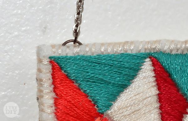 I Try DIY | Embroidered Felt Bib Necklace