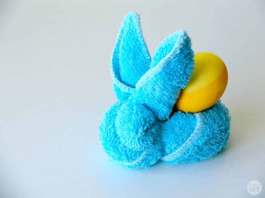 I Try DIY | Face Towel Easter Bunnies