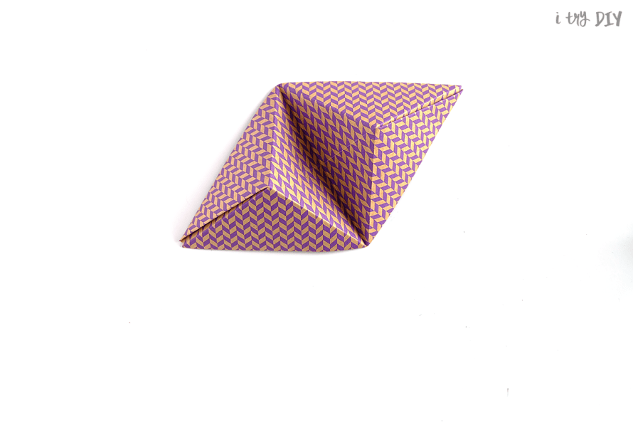 I Try DIY   Origami Stand