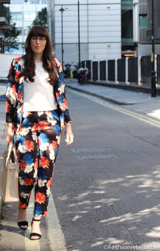 winter floral, wolf and whistle, floral, suit, statement, lfw, london fashion week, fashionista barbie, cambridge satchel company,suit, floral suit,style, fashion, outfit