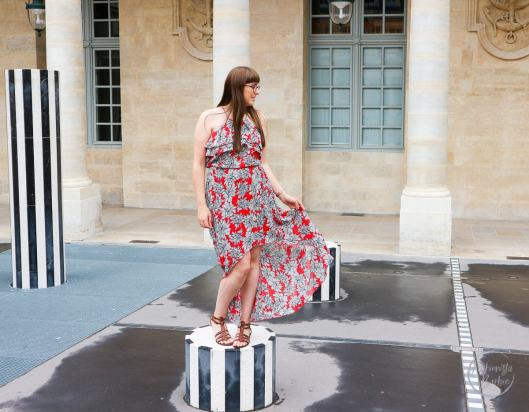 mullet, dip hem, high-low, maxi dress, boohoo, asos, fashionista barbie, blogger, fashion blogger, fashion blog, style post, outfit, outfit of the day, city break outfit, city break look, city break essential, paris, palais royal, summer style, girl in glasses