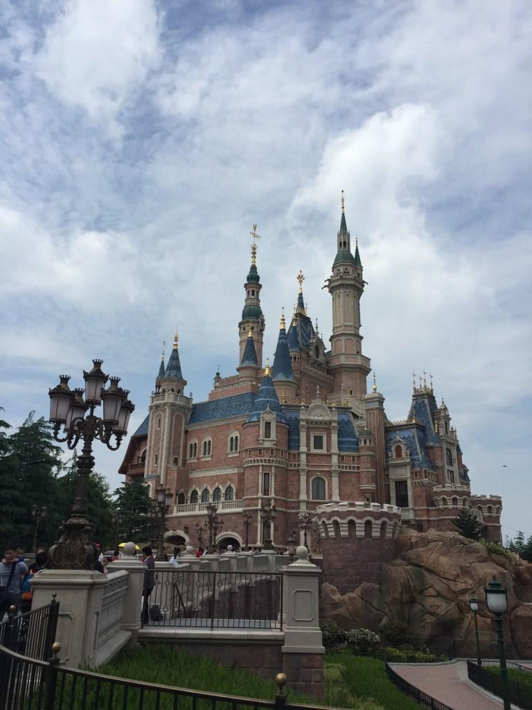 shanghai disney castle
