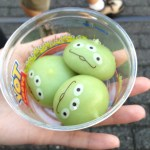 disney tokyo little green men dumpling snacks