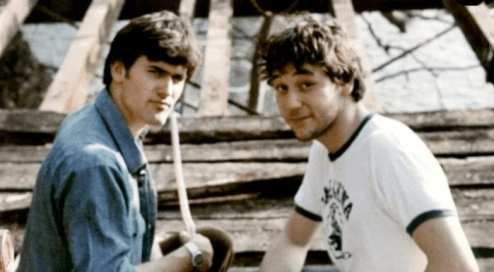 Bruce Campbell and Sam Raimi on the set of Evil Dead in 1981