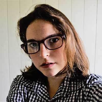 Grace R. Taylor, The Un(grace)ful Blog