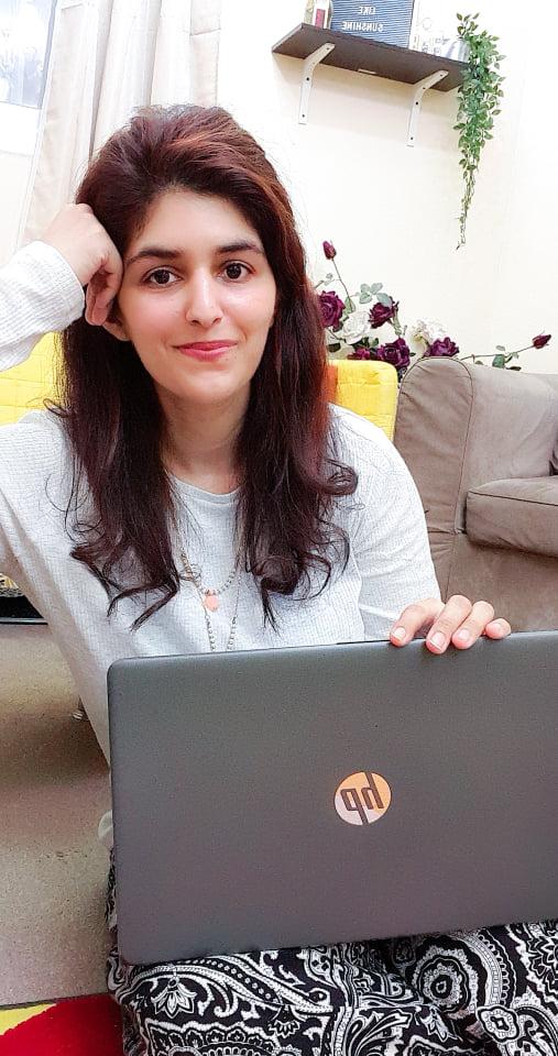 Saima Nadeem Blogging