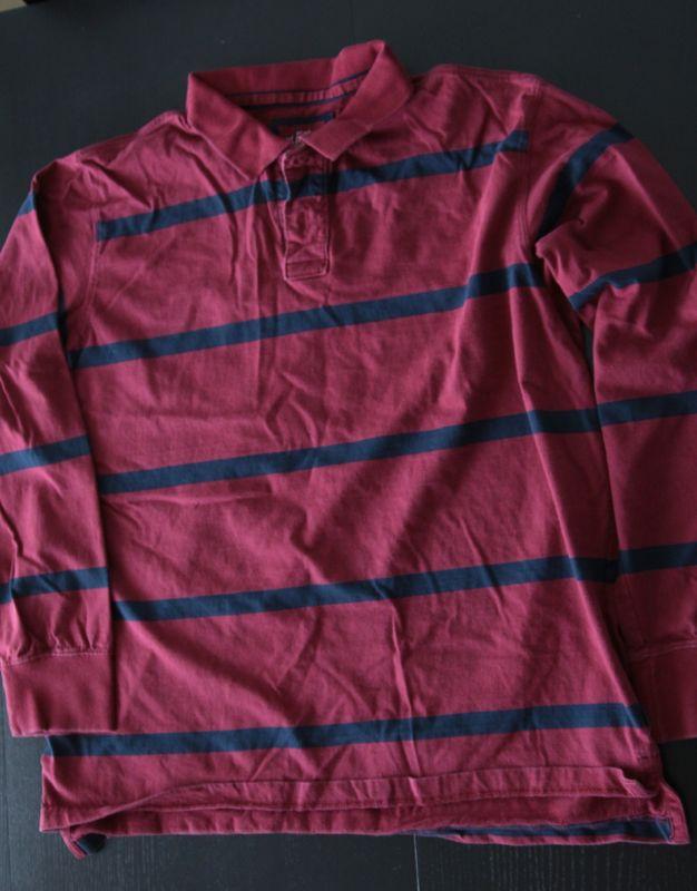 Men\'s striped shirt
